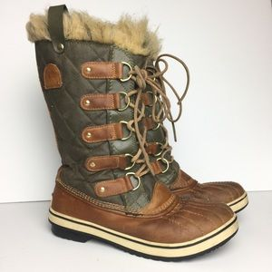 SOREL 'Tofino' Lace Up Snow Winter Boots Size 8